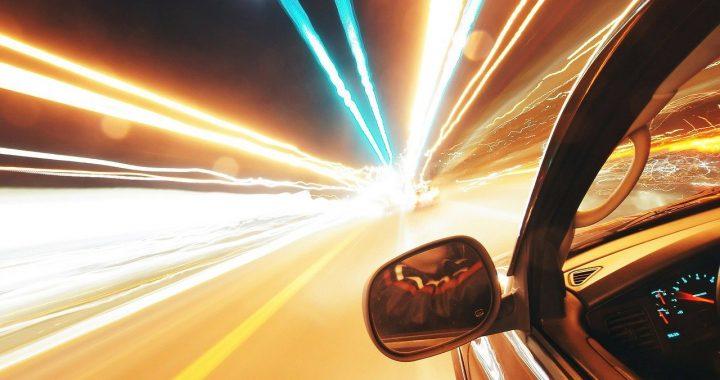 Tre modi per viaggiare più veloci della luce