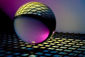 L'eterno ritorno della sfera