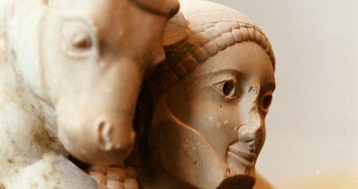 """Il """"sorriso"""" delle statue nell'arte della Grecia arcaica"""